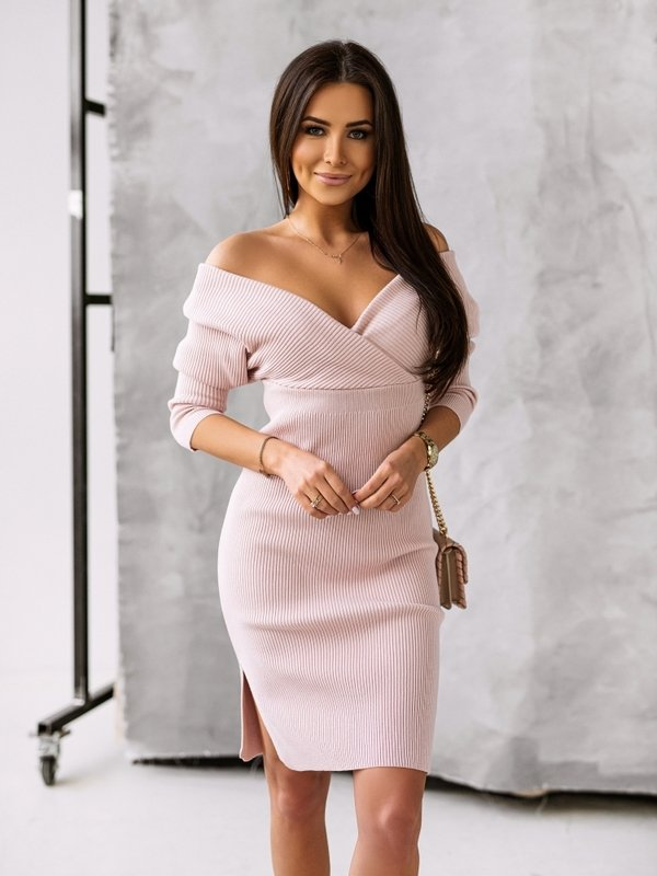 Sukienka Janetta Pudrowa