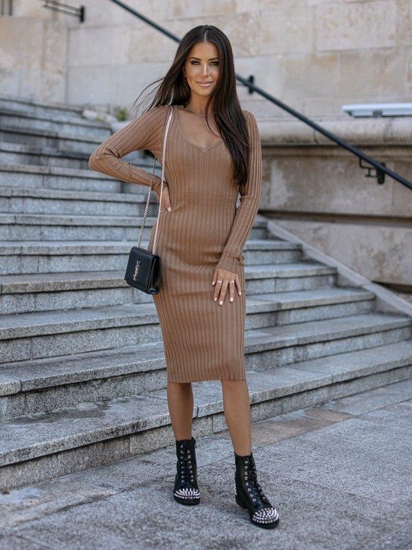 Sukienka Simone Karmelowa